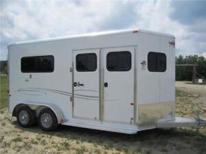 FRONTIER Aluminum 2 Horse Straight Haul WARMBLOOD & HUGE TACK!