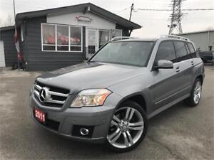2011 Mercedes-Benz GLK 350|PANO|SENSORS|LEATHER|NO ACCIDENT