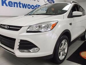 2013 Ford Escape SE 4WD ecoboost, NAV and heated seats!