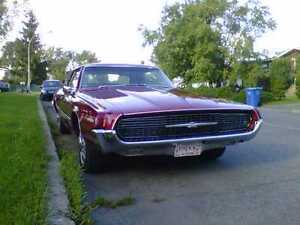 1967 Ford Thunderbird West Island Greater Montréal image 1