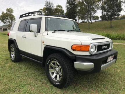 2014 Toyota FJ Cruiser GSJ15R MY14 French Vanilla 5 Speed Automatic Wagon Oakey Toowoomba Surrounds Preview