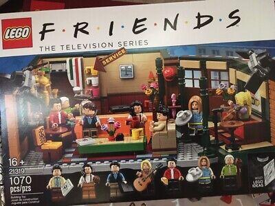 LEGO IDEAS FRIENDS TV Show CENTRAL PERK Park Set 21319 NIB