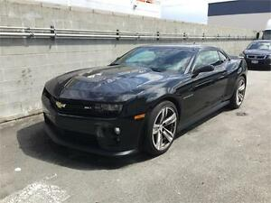 2015 Chevrolet Camaro ZL1 (Just under 12,000 KMS) Black