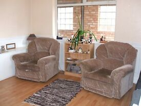 Single room in very clean furnished shared house