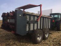 Leon H755 Manure spreader for sale! Good condition!