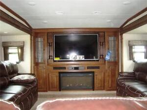 Big horns buy or sell campers travel trailers in - 2016 luxury front living room 5th wheel ...