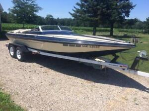 Beautiful Checkmate boat w/trailer