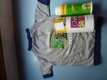 Friskies Flea Powder for dogs, Chewbies, and T-Shirt for dogs Merewether Newcastle Area Preview