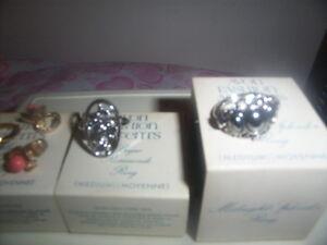 Avon jewelry Kingston Kingston Area image 3