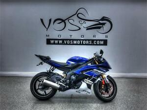 2013 Yamaha R6- Stock# V2801NP- Free Delivery in the GTA**
