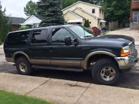 ****2000 Ford Excursion 4x4 turbo diesel truck $8499****E-tested