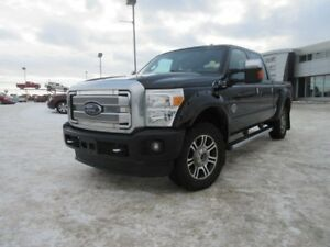 2014 Ford Super Duty F-350 SRW F350 SUPER DUTY. Text 780-205-493