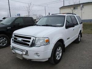 2008 Ford Expedition 4X4 8 PASSENGERS