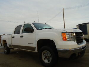 2008 GMC SIERRA 2500HD 4X4-CREWCAB-6.0L V8-ONE OWNER TRUCK