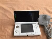 Nintendo 3DS Console - Ice White - Only £70