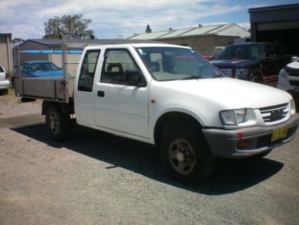 2000 Holden Rodeo LX White 6 Speed Direct Shift Spacecab