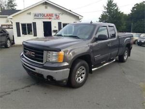 2010 GMC Sierra 1500 SL Nevada Edition 4x4 Solid Truck