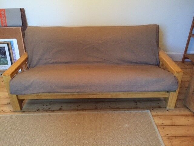 Futon Company 3 Seater Vienna Sofa Bed Great Condition With Spare Cover Bargain