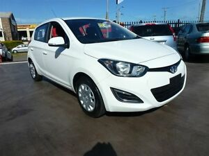 2015 Hyundai i20 PB MY14 Active White 6 Speed Manual Hatchback Strathpine Pine Rivers Area Preview