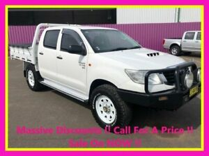 2014 Toyota Hilux KUN26R MY14 SR (4x4) White 5 Speed Manual Dual Cab Pick-up Dubbo Dubbo Area Preview
