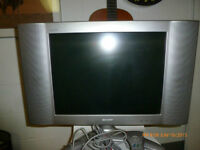 LCD Sharp Aquas 19.5 TV in great condition