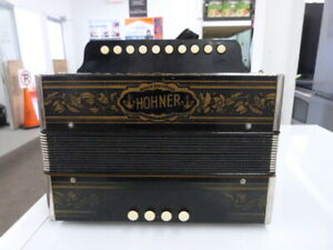 ACCORDEON  HOHNER  VIENNA