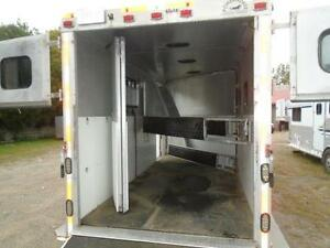 1998 Powerhorse Trailer 3 Horse or 4 Horse Gooseneck London Ontario image 10