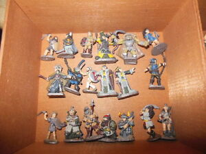 vintage metal warhammer figures and bonus books London Ontario image 4