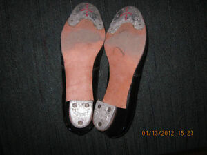 2 Pair of girls VINTAGE 1960's Patent Leather Tap Shoes London Ontario image 4