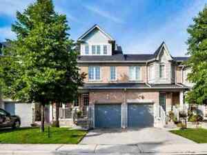 Exquisitely Updated 3BR Townhome In Prestigious Streetsville