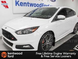 2017 Ford Focus ST 6-SPD FWD, NAV, sunroof, heated power leather