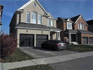 Spacious upgraded house in Bradford with great access to hwy400