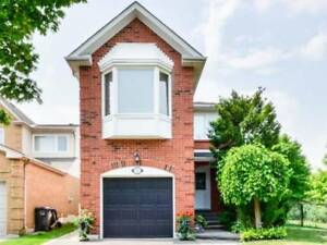 Detached Home Nestled In A Quiet Court W/ Ravine Pie Shaped Lot.