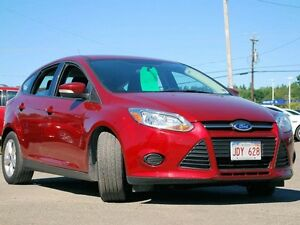 2013 Ford Focus SE, hatchback, front wheel drive, fuel efficient