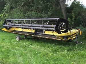 2004 NEW HOLLAND 94C COMBINE HEADER (30') - REDUCED!