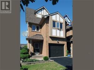 338 CHICKADEE CRT Pickering, Ontario