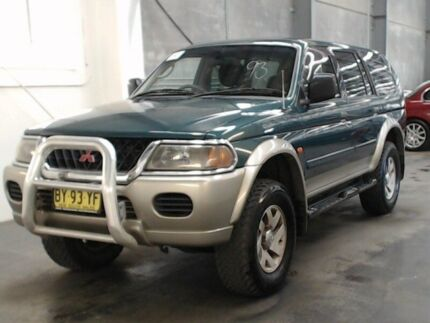 2002 Mitsubishi Challenger PA-MY01 (4x4) Green 4 Speed Automatic 4x4 Wagon Beresfield Newcastle Area Preview