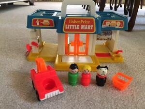 VINTAGE Fisher-Price Little People Little Mart