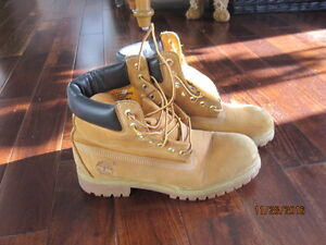 Real Timberlands in great shape
