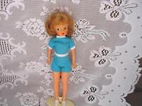 """12"""" IDEAL 1962 TAMMY BLONDE DOLL,BLUE PLAYSUIT, STAND 1843"""