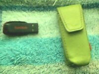 Sandisk 8GB USB Pen Drive With Green Leather Case