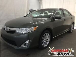 Toyota Camry XLE V6 Cuir Toit Ouvrant MAGS 2012