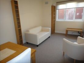 AVAILABLE: Unfurnished, 2 bed flat on the south side of Xchurch Rd, near shops and beach