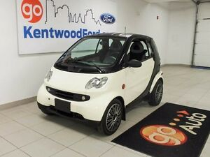 2005 smart fortwo Perfect ride for two!!! Edmonton Edmonton Area image 1