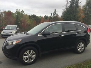 2013 Honda CR-V Touring - loaded with options!
