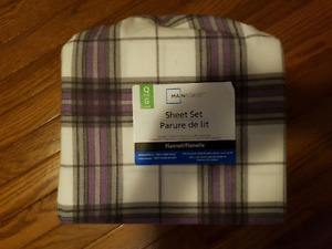 Queen Flannel Sheet Set - Never Used
