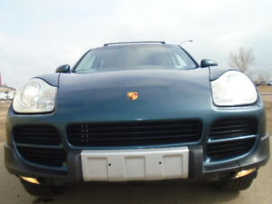 2004 Porsche Cayenne SPORT-LEATHER-SUNROOF-CLEAN IN AND OUT