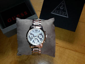 montre GUESS neuf