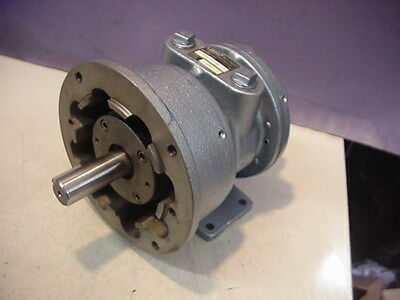 New Gast 8am-frv-40 Air Motor Airmotor 4 Vane Reversible 2500rpm 5.25hp 1435 Tc