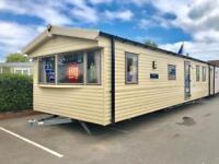 2 Bed Caravan for sale in Dawlish Devon. Park open 11.5 months